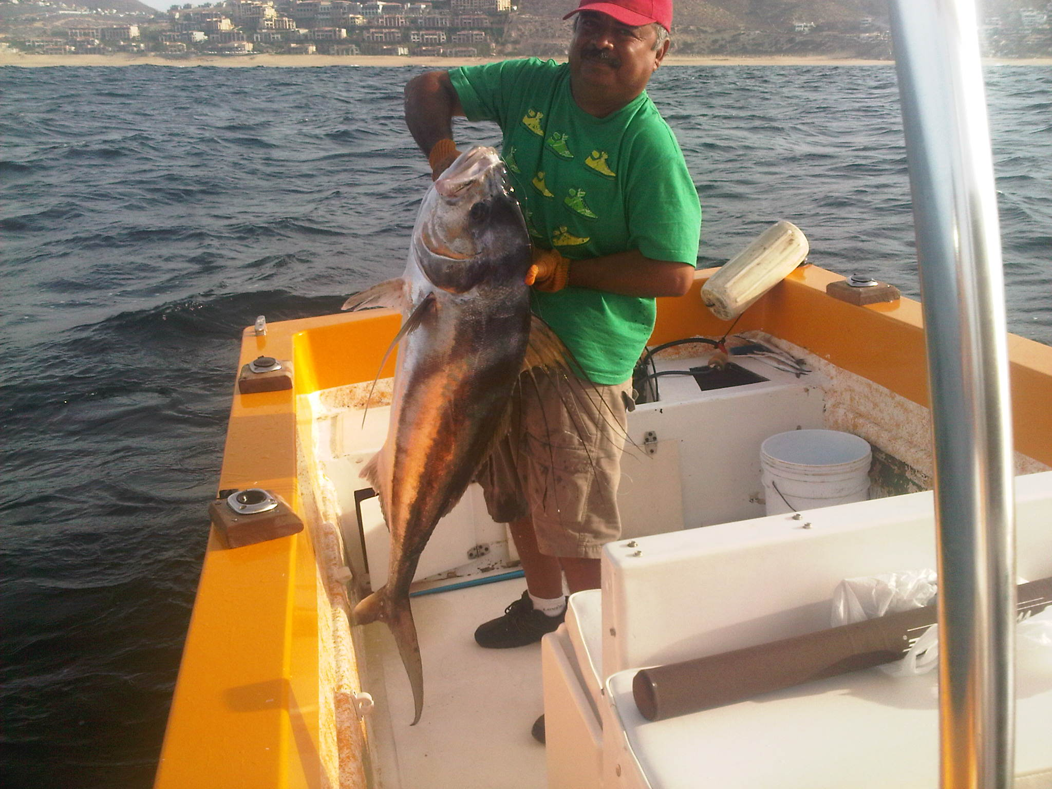 Fishing in cabo roosterfish itravel cabo for Cabo fishing seasons